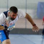 Hombre lanzamiento peso (atletismo)
