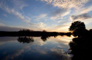 Fotografía Atardecer en pantano de Badajoz