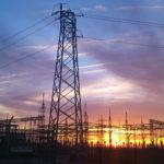 Fotografía Central eléctrica al atardecer