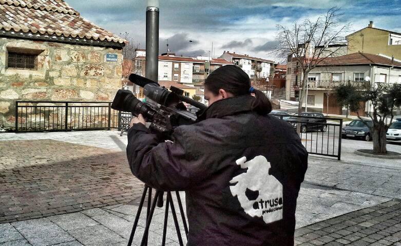 Corresponsalía noticias, operador de cámara
